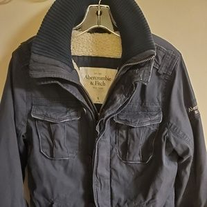 ❄Abercrombie & Fitch men's distressed heavy coat.